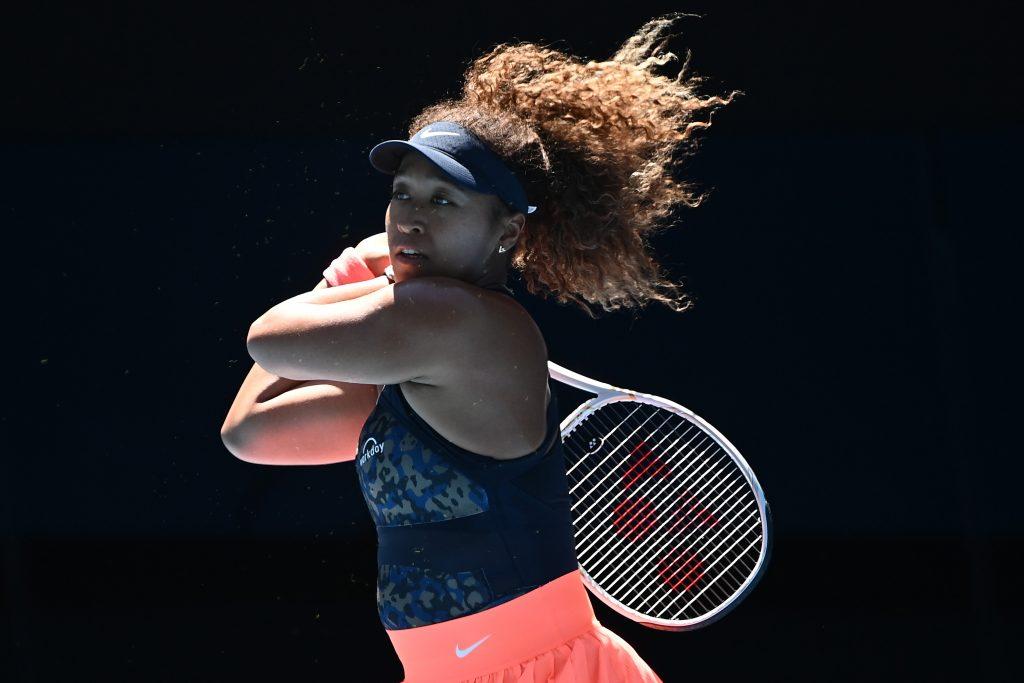Osaka outsmarts Serena Williams in Australian Open