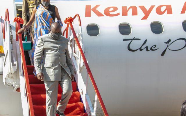 Burundi presidents arrive for Madaraka  day celebration